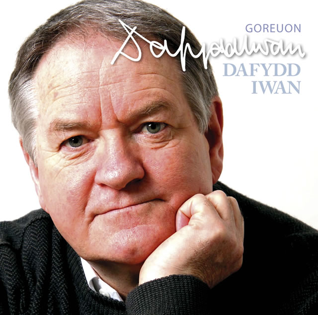 Chords for DAFYDD IWAN - YMA O HYD - chordu.com